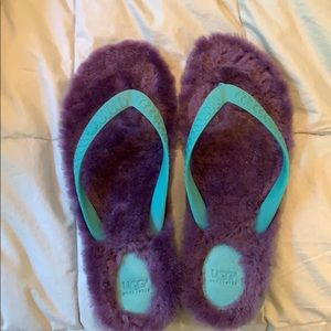 UGG Shoes - Ugg Fluffy Flip Flop
